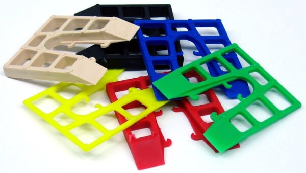 ASSORTED PLASTIC PACKERS 1